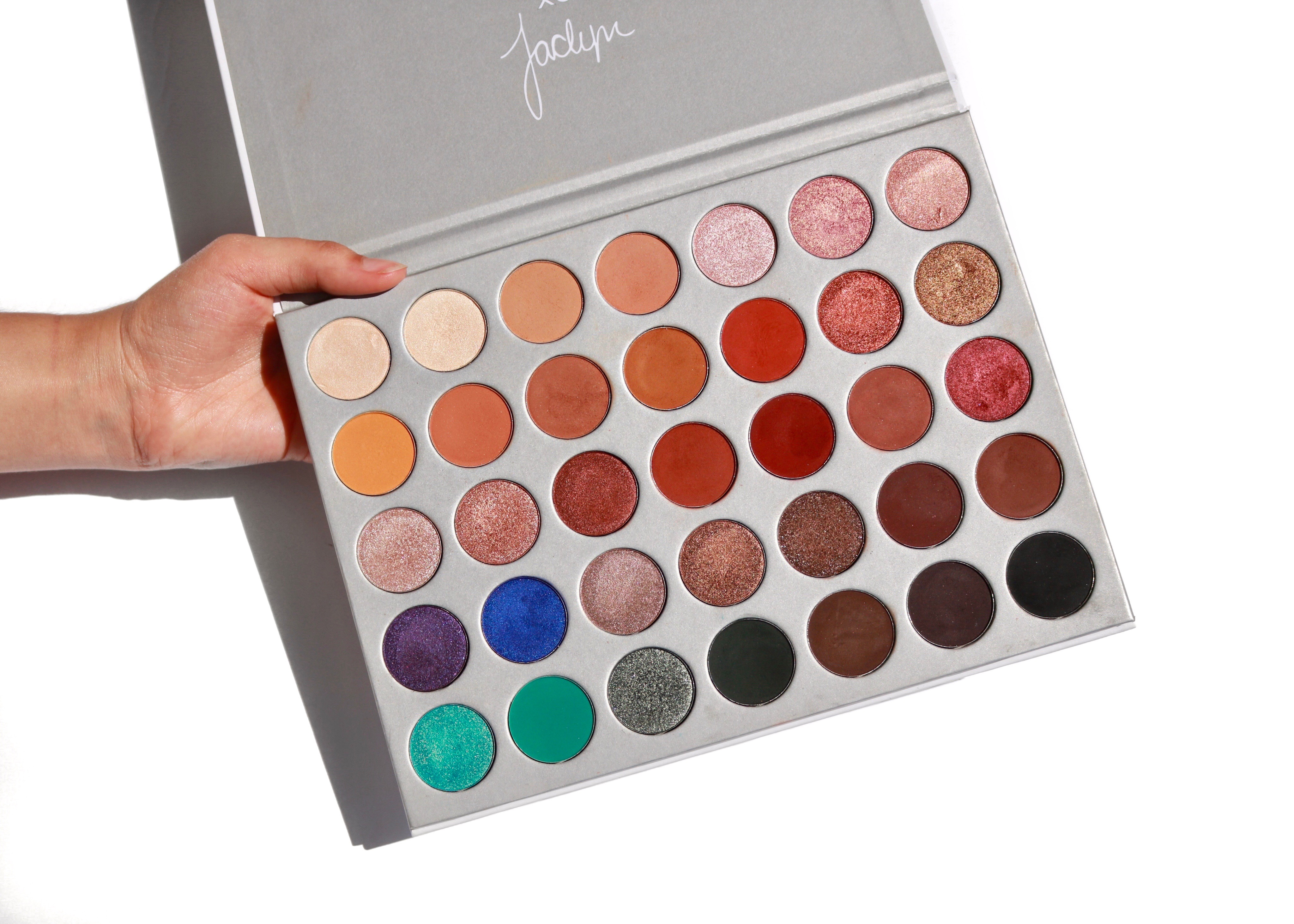 The Jaclyn Hill Eyeshadow Palette Swatches